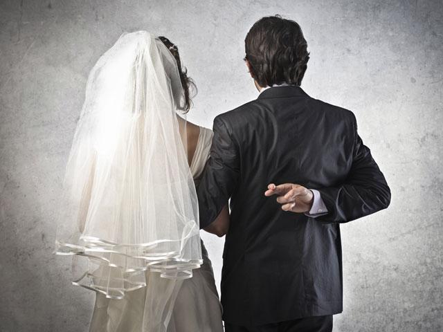 wedding-groom-cheater_SI.jpg