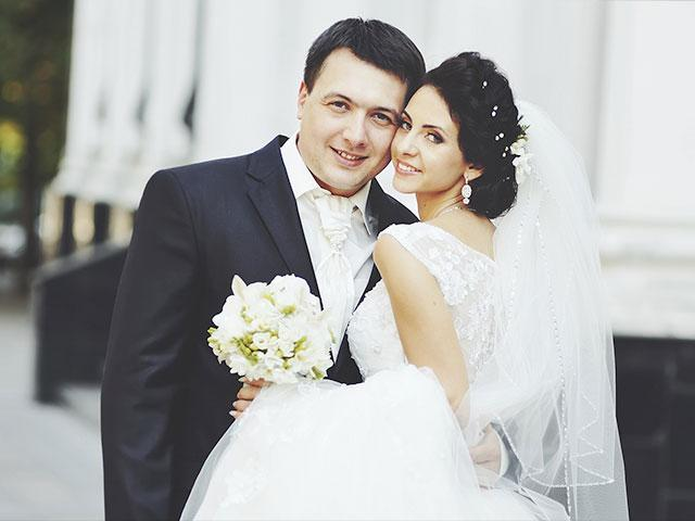 is si married
