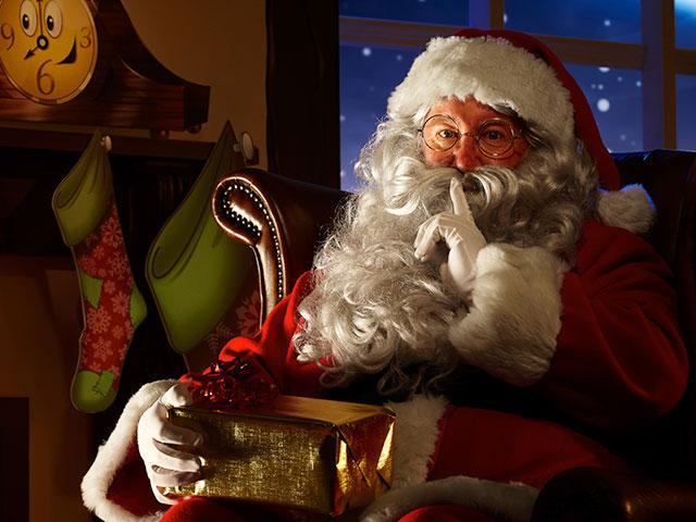 Father Christmas In Narnia Cbn