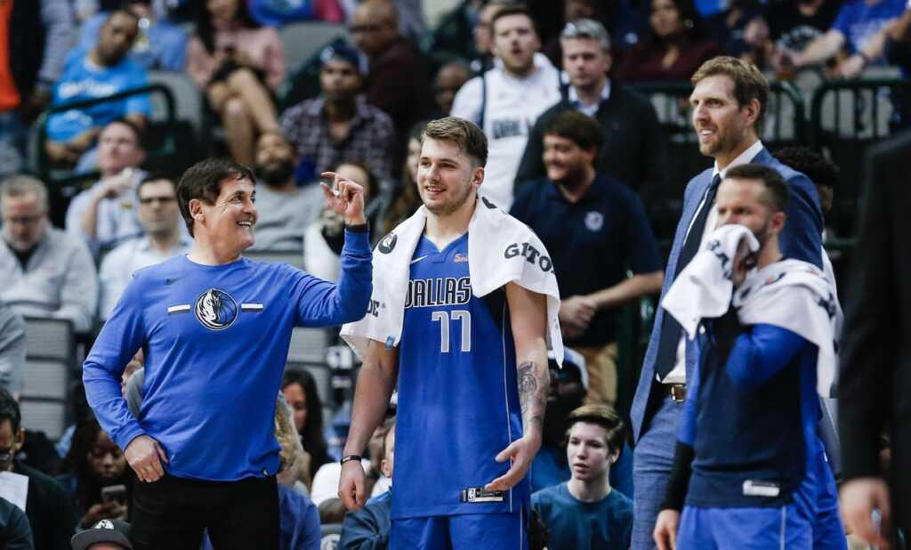 NBA Requiring Teams to Play Anthem After Mark Cuban Pulled Song from Dallas Mavs Games