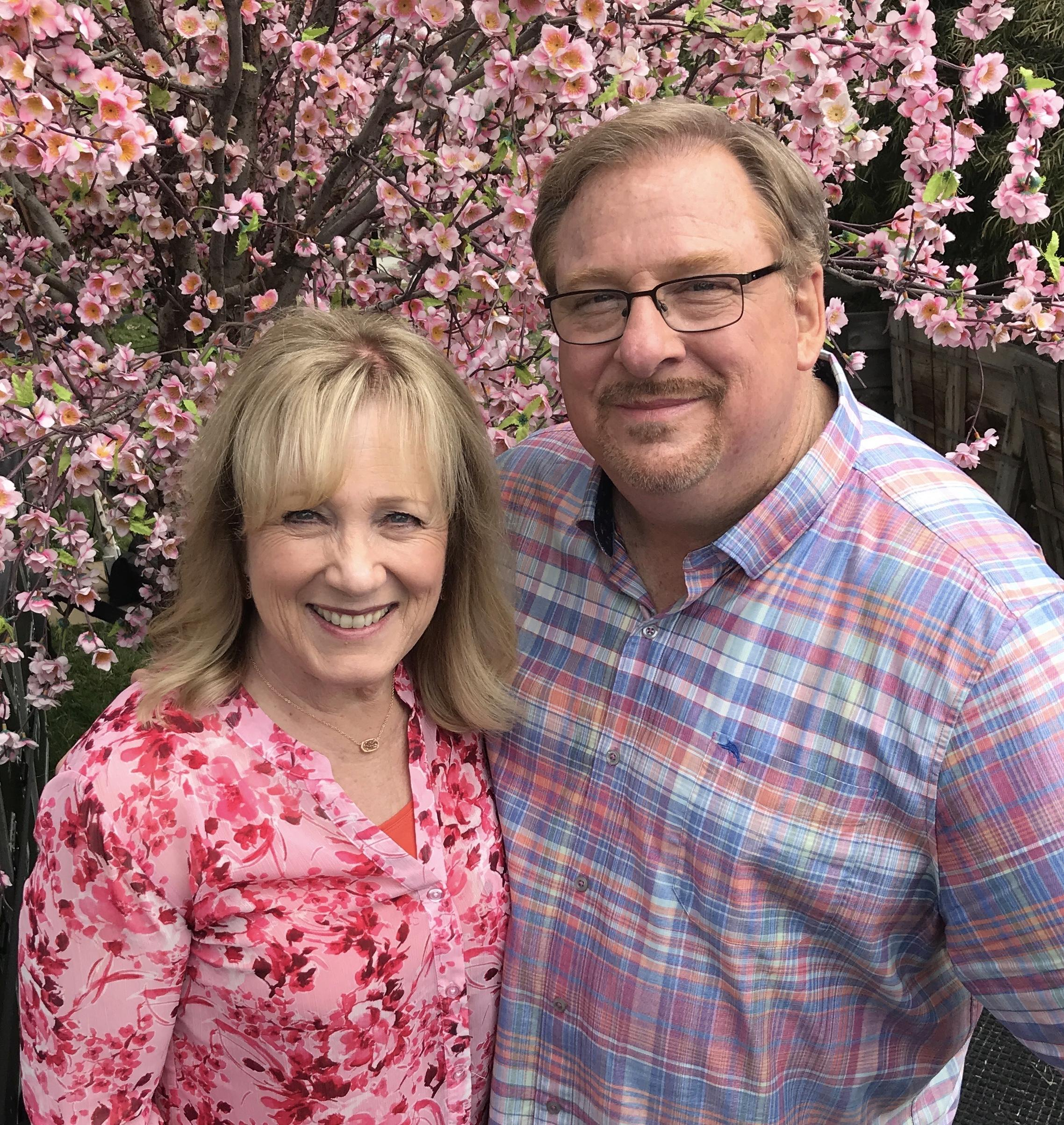WATCH: Rick and Kay Warren Host Global Easter Prayer Call With T. D. Jakes, Brian Houston, Chris Tomlin and Other Christian Pastors and Worship Leaders from Around the World