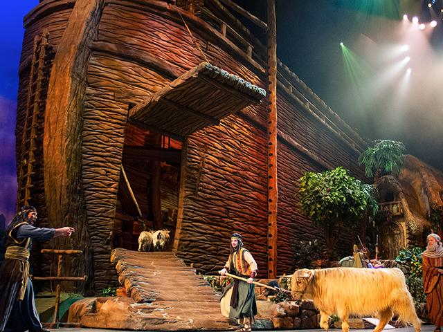 Sight And Sound Miracle Of Christmas.Sight Sound S Noah Where Spectacle Meets Story Cbn Com