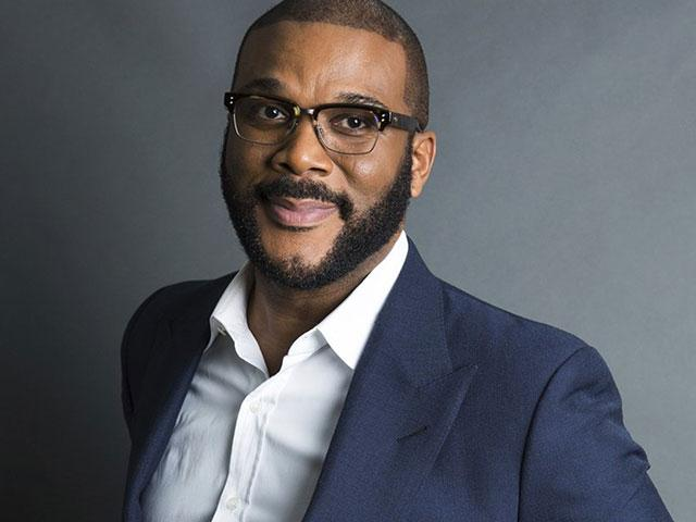 Movie Mogul Tyler Perry Pays for Senior-Hour Groceries at 44 Kroger Locations - CBN News thumbnail