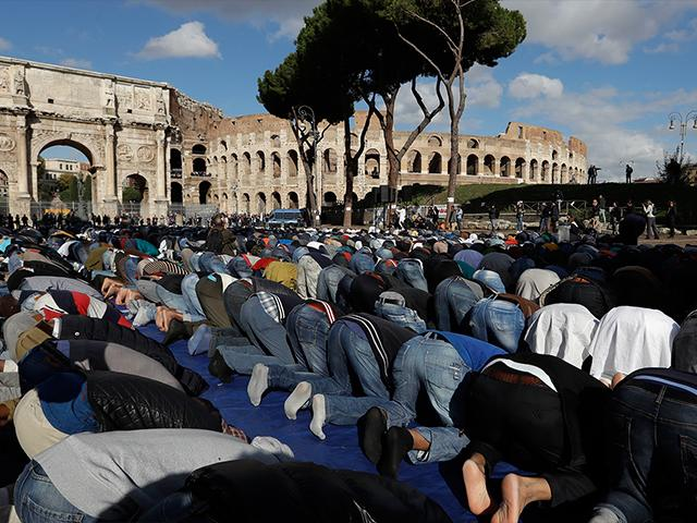 roma muslim Heads of two major muslim organizations in italy – the ucoii and the world muslim league echoed the need to have a place for god in active life and benedict's concern over materialistic systems relations with muslims on a more global scale.