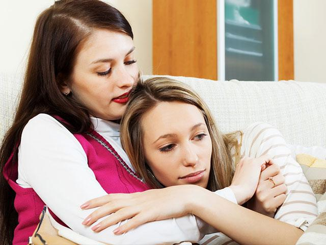 How to Care for a Friend Who's Had a Miscarriage | CBN com