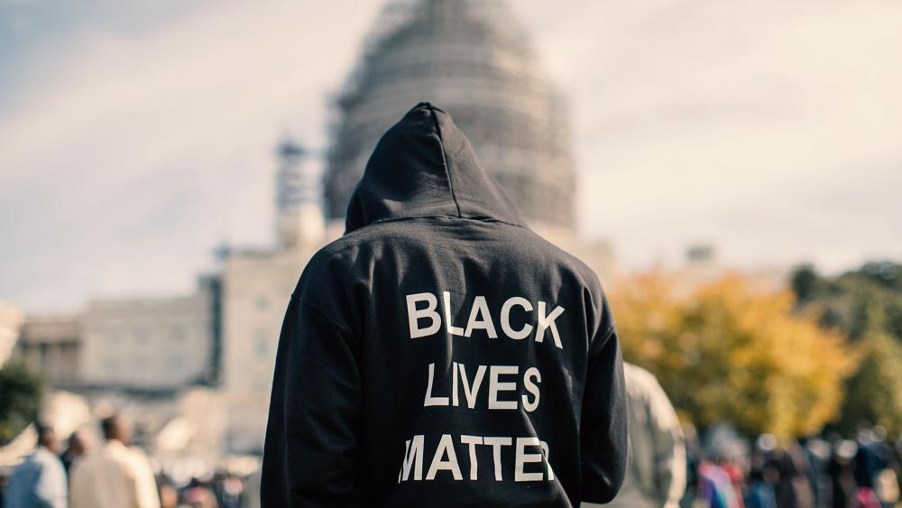 blacklivesmattersweatshirtap