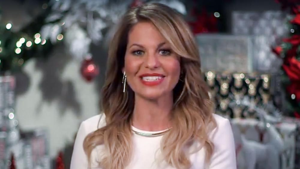 Switched For Christmas Cast.Candace Cameron Bure And Daughter Star In Switched For