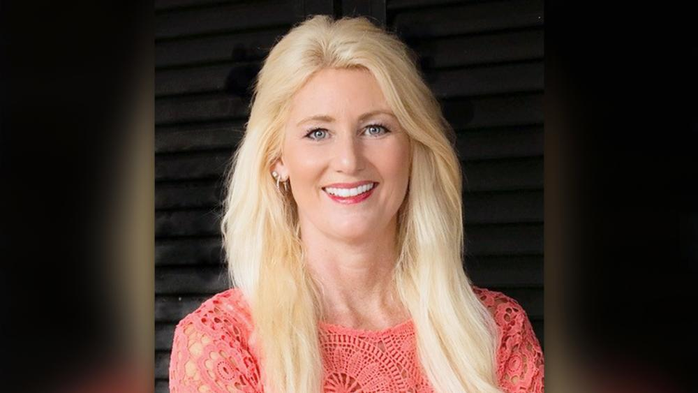 Dr. Candice Smithyman is an international prophetic revivalist & healing minister who is Executive Pastor of Freedom Destiny Church, and Vice President of Dream Mentors International.