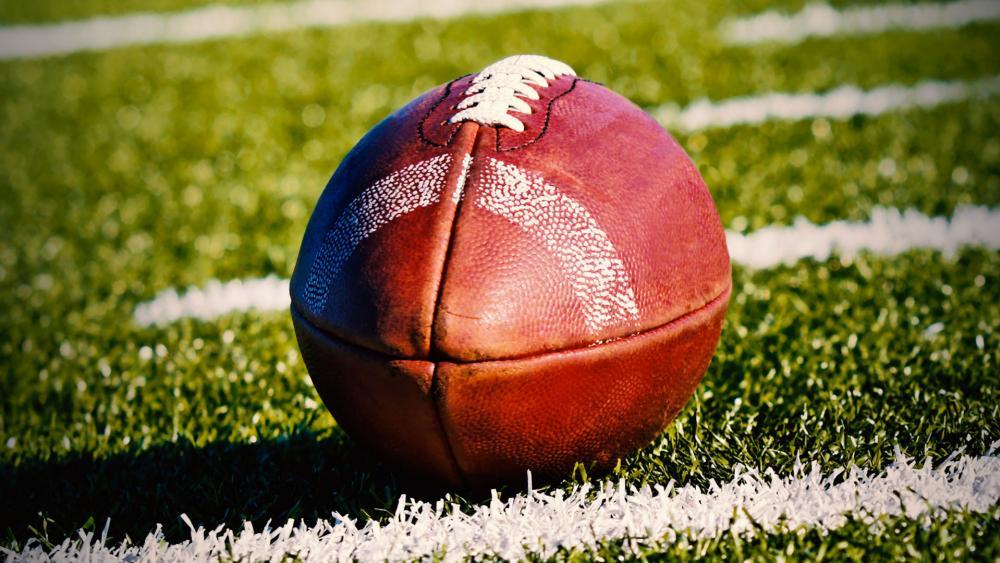 Pennsylvania Football Team Prays on, Despite Atheist Threats