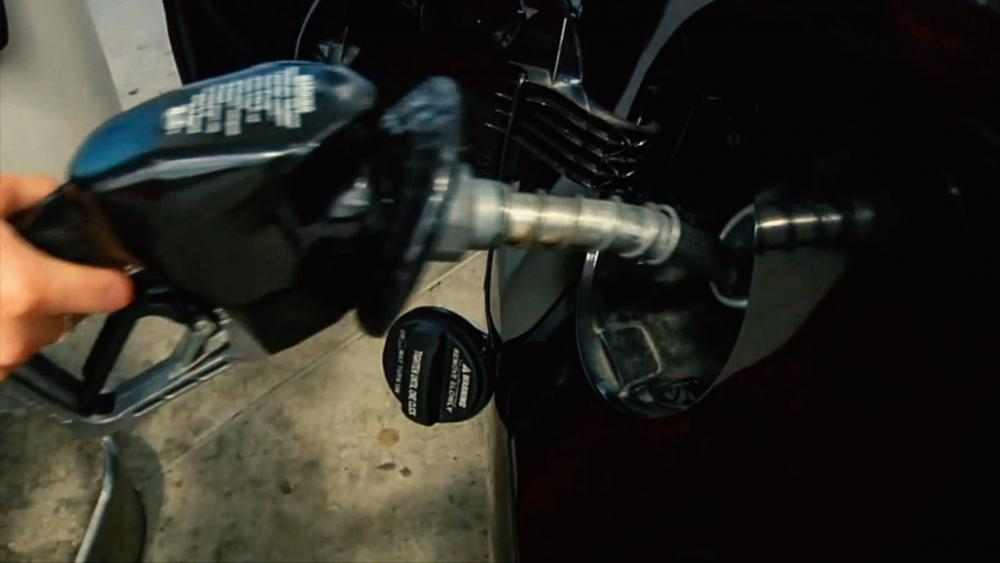 Oil and Gas Prices Spike to Highest Level in 7 Years, America Now Paying an Extra $400M Per Day at the Pump general chat room details picture