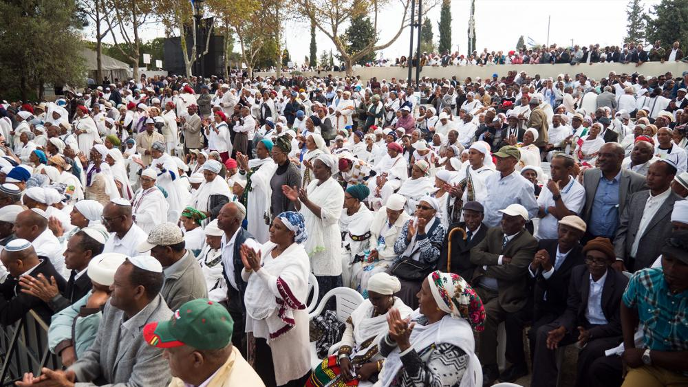 Thousands of Ethiopian Jews gather to for the holiday of Sigd, in Jerusalem. Photo: Jonathan Goff