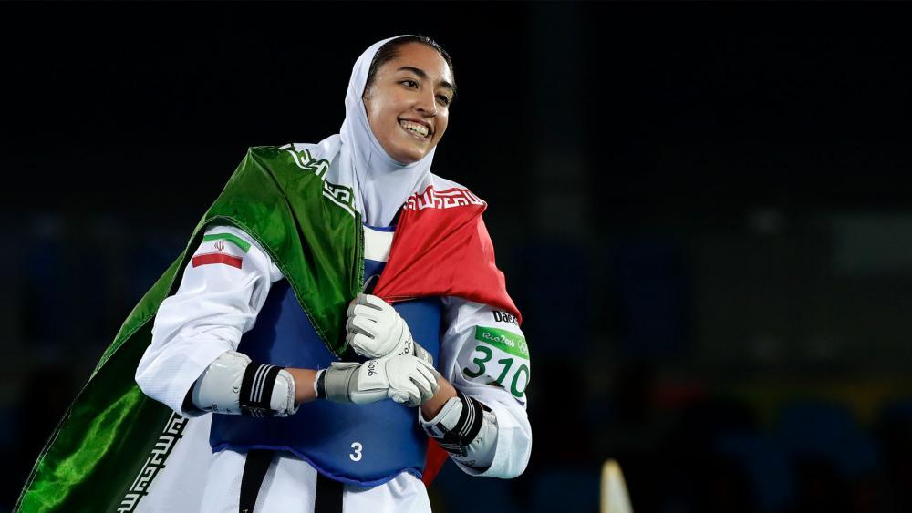 Kimia Alizadeh celebrates winning bronze medal in 2016 Rio olymics