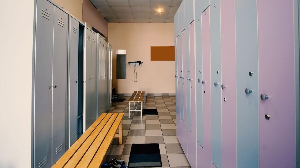 Student in Underwear Gets Transgender Shock School Says Tolerate