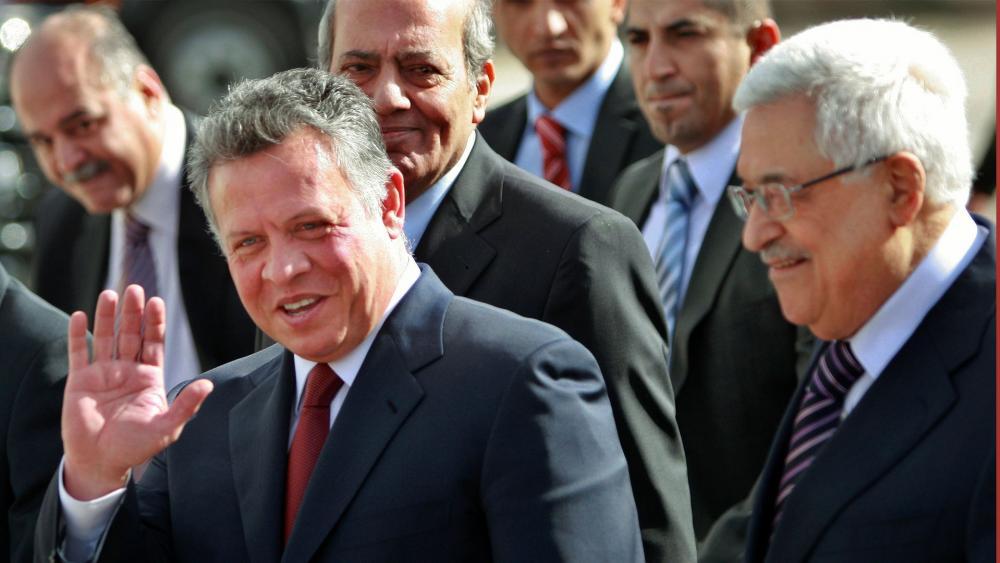 Jordanian King Abdullah II and Palestinian President Mahmoud Abbas, Photo, AP
