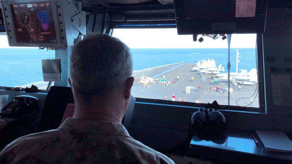 US Deploys B-52 Bombers to Persian Gulf, Warning Iran Against Possible Attacks thumbnail
