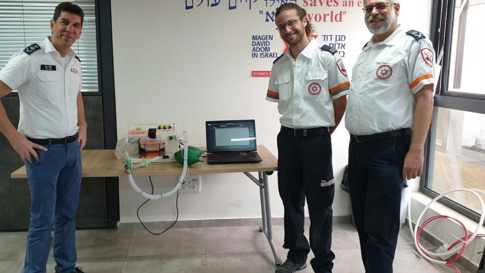 MDA Director General Elin Bin, MDA Paramedic and medical engineering student Yuval Eran & MDA Deputy Director General – Community Dr. Eli Jafe with AmboVent