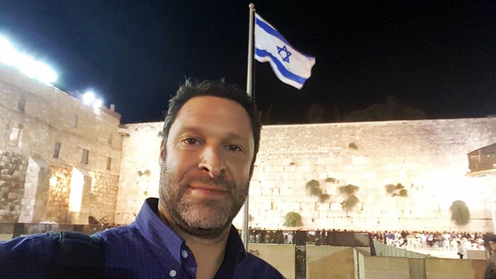 Ari Fuld at the Western Wall, Photo, FB