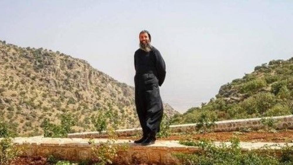 asirianpriestcsw.jpg