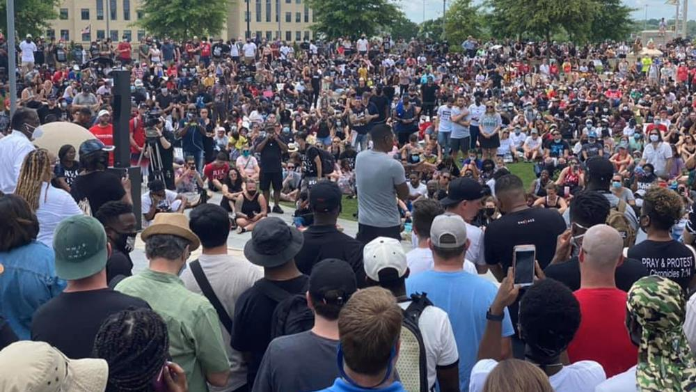 "Thousands of Christians and Churches Unite to Protest Racism in Every Form for OneRace Movement's Juneteenth ""March on Atlanta"""