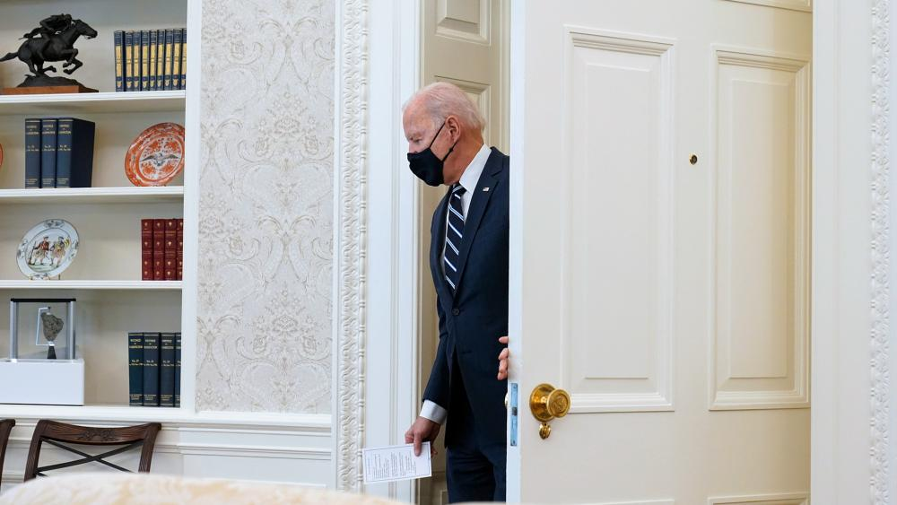 Catholic Bishops May Demand Biden, Other Pro-Abortion Politicians Quit Taking Communion details picture