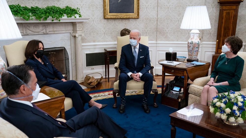 President Joe Biden meets Republican lawmakers to discuss a COVID relief package, Feb. 1, 2021. From left, Sen. Mitt Romney, R-Utah, Vice President Kamala Harris, Biden, and Sen. Susan Collins, R-Maine. (AP Photo/Evan Vucci)