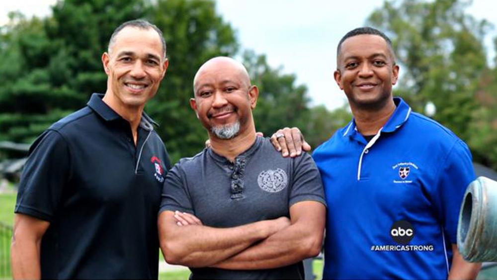 Service Is in Their DNA: 3 Brothers Meet After 50 Years, and These Surprise Siblings Share a Lot of Army Brass