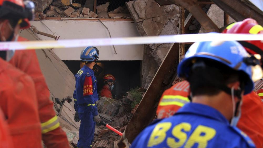 Restaurant in China Collapses During Birthday Party, Killing 29 thumbnail