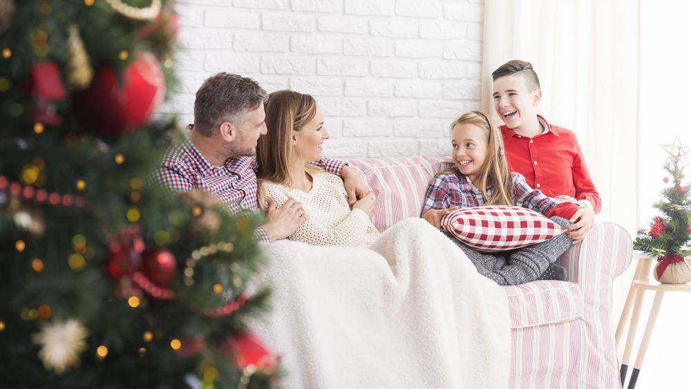 How To Model True Christmas Spirit For Your Children