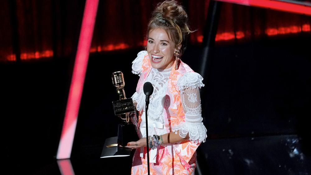 Lauren Daigle Wins Billboard Top Christian Artist