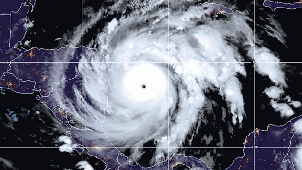 Hurricane Iota Nearing Nicaragua as Catastrophic Cat 5 thumbnail