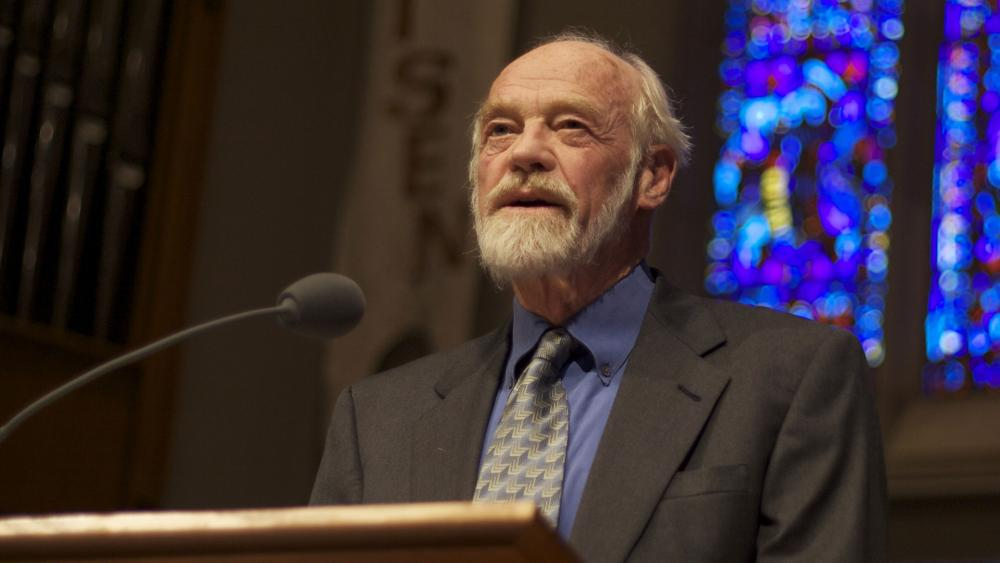 The Message' Bible Translator Eugene Peterson Dies | CBN News
