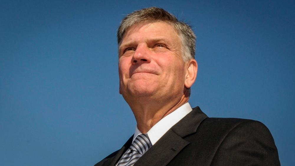 'It's God Who Touches People's Hearts': Franklin Graham Says 1.7 Million People Accepted Christ Through This Year's BGEA Efforts thumbnail