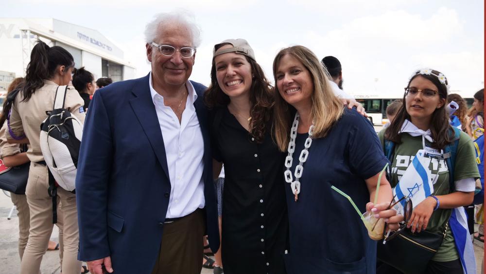 Amb. David Friedman and Wife, Tammy, Greet Daughter Talia on Aliyah Flight, CBN News Image
