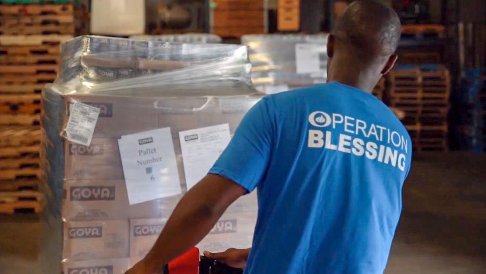 Goya foods and Operation Blessing feed the hungry