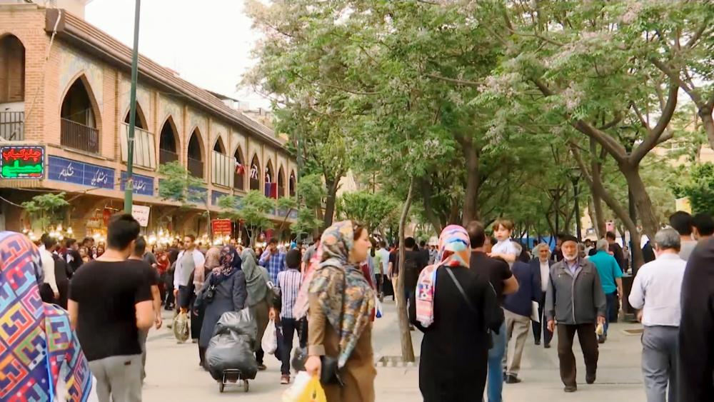 Seismic Change Grips Iran As Population Turns More Secular, Less Religious thumbnail