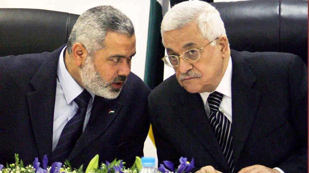 Ismail Haniyeh and Mahmoud Abbas, Photo, AP archive