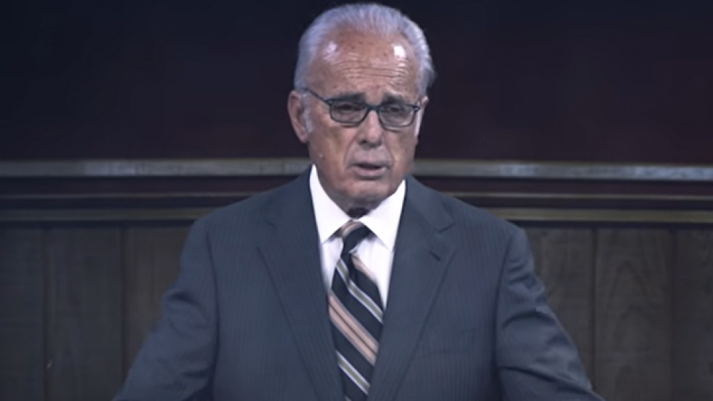 Image Source: YouTube Screenshot/Pastor John MacArthur