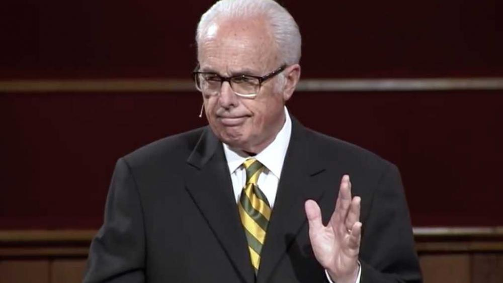 johnmacarthur.jpg