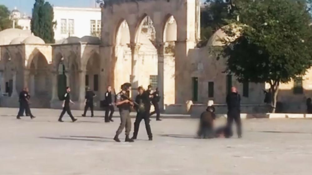 Terror Attack near Entrance to Temple Mount, Photo, Israel Police Spokesman's Office