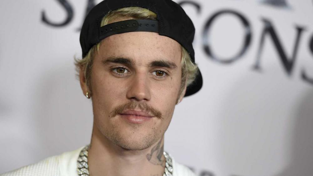 Justin Bieber Shares Gospel, Condemns Cancel Culture in New Song 'Afraid to Say' picture
