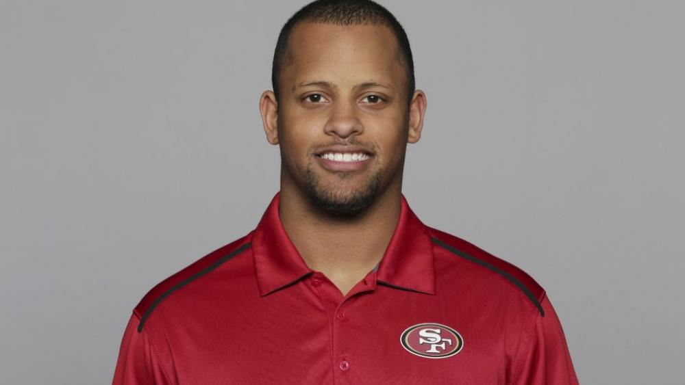 Keanon Lowe, a former analyst for the 49ers and wide receiver at the University of Oregon, subdued a person with a gun who appeared on a Portland, Oregon high school campus Friday. (AP Photo)
