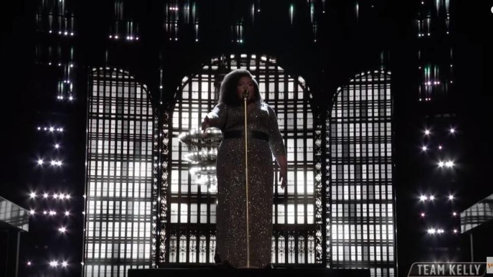 "Kymberli Joye performing """"Break Every Chain"" on NBC's The Voice. Screenshot courtesy: YouTube"