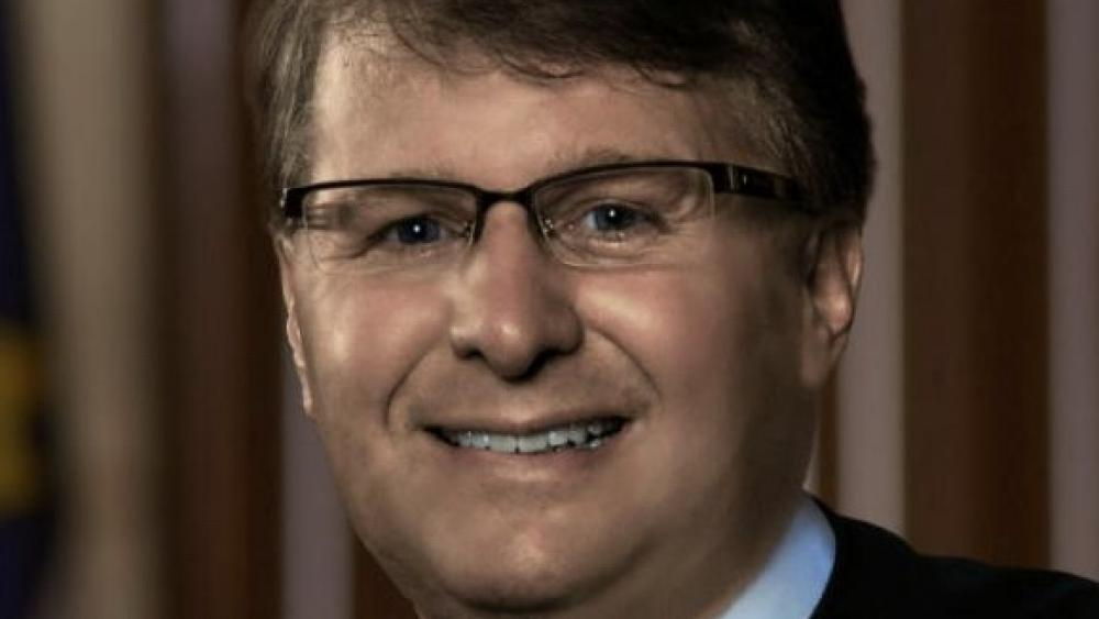 North Carolina Supreme Court Chief Justice Mark Martin. (Image courtesy: North Carolina Judicial Branch/nccourts.gov)