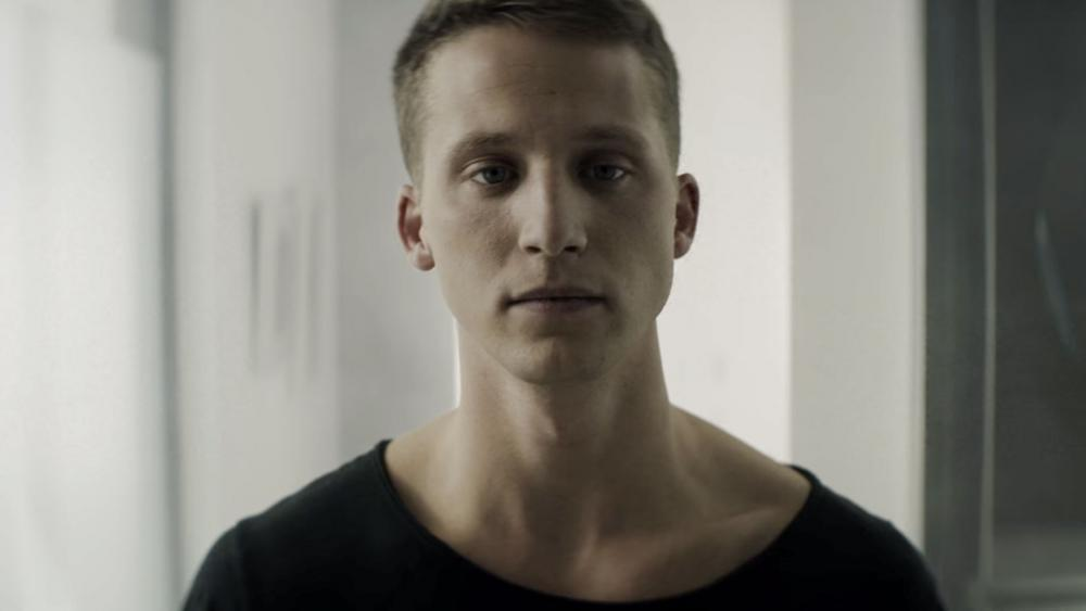 I Live for the King': Christian Rapper NF Makes History as Best