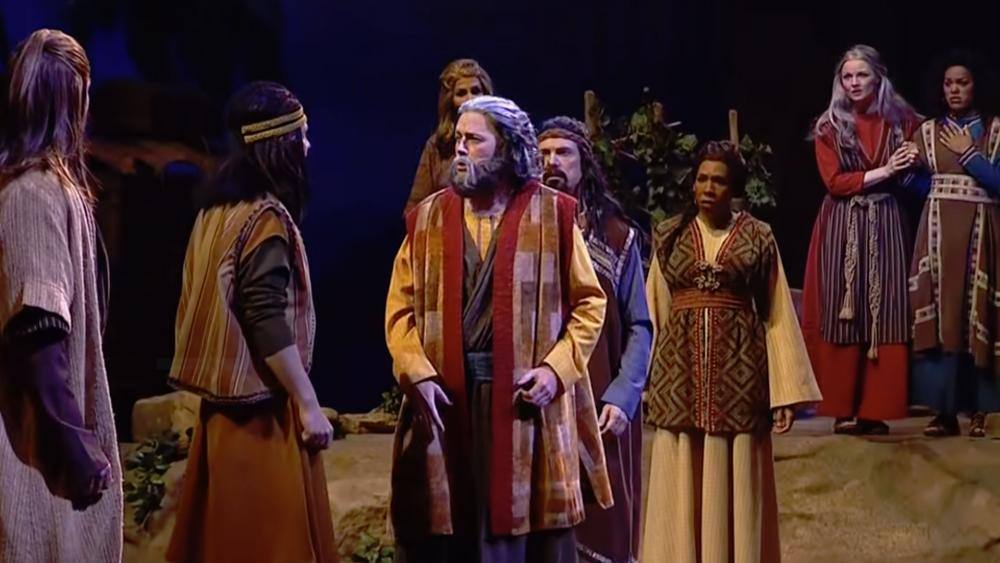 Sight And Sound Miracle Of Christmas.Such An Extraordinary Story Sight Sound S Noah In