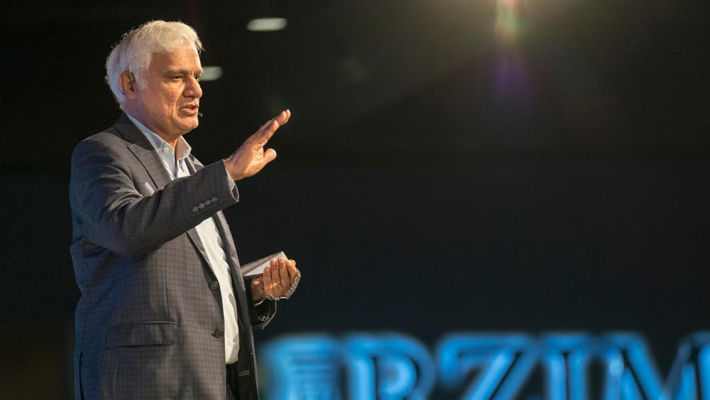 Oxford, England, 2018: Ravi Zacharias speaks to students at OCCA - The Oxford Centre for Christian Apologetics. (Photo credit: Ravi Zacharias International Ministries)