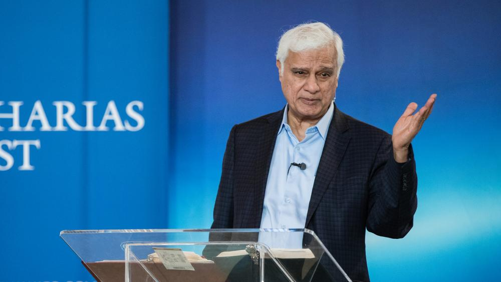 Alpharetta, Ga., 2018: Ravi Zacharias speaks to students at the Zacharias Institute during the ReFresh conference. (Photo credit: Ravi Zacharias Ministries International)