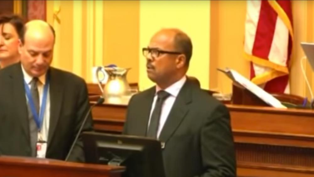 Rev. Robert Grant of The Father's Way Church in Warrenton leads the opening prayer before VA House of Delegates (Image: Screen Capture)