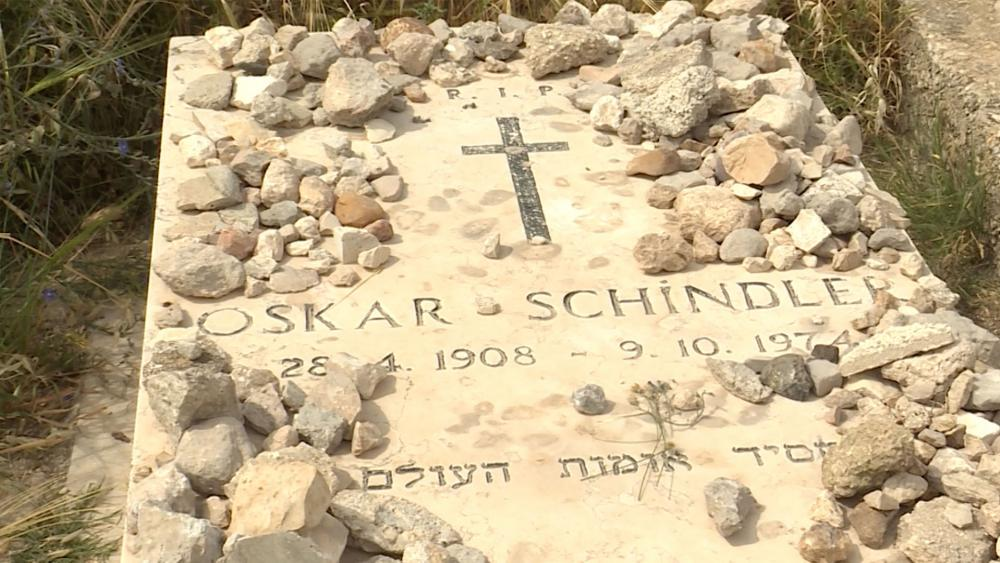 Oskar Schindler's grave, CBN News image