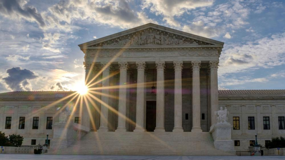 supremecourt6_hdv.jpg